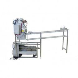 Odvíčkovací stůl s automatickým podavačem a lisem na víčka s výkonnosti 50kg/h